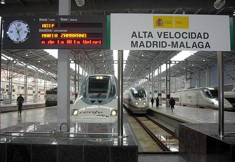 AVE-tåget hade avgått från Málaga klockan 08.40 med Barcelona som slutdestination.