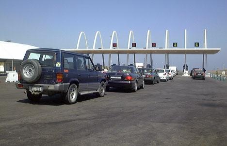 Den stoppade föraren ville inte betala motorvägsavgiften på 1,95 euro.