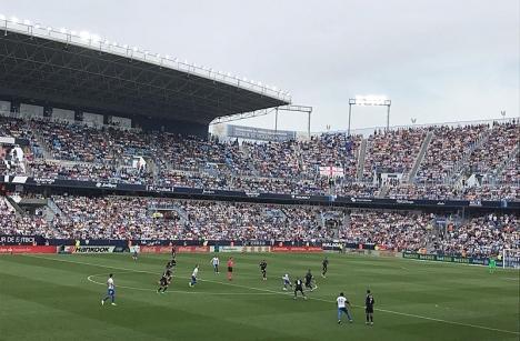 Real Madrid säkrade ligatiteln i ett fullsatt Rosaledastadion i Málaga. Foto: Andreas Strindholm
