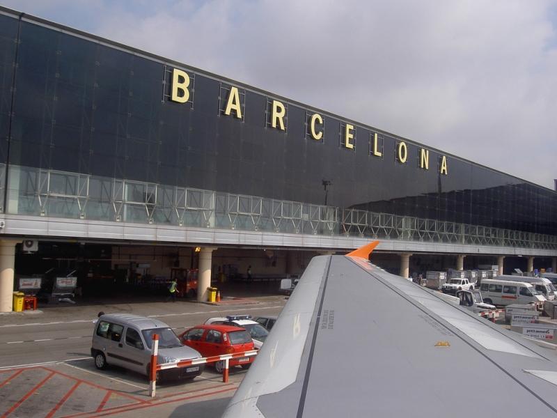 I flera månader har det rått kaos vid säkerhetskontrollen på Barcelonas flygplats El Prat. Foto: manuelfloresv/Wikimedia Commons