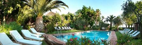 Hotellet 100% Fun Tarifa ligger vid stranden Fuentevaqueros. Foto: 100% Fun