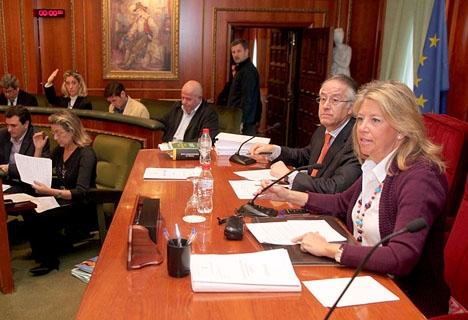 Ángeles Muñoz (PP) ser ut att återfå makten i Marbella, drygt två år senare.