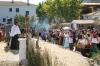 Festligheterna pågår i tre dagar och spelet utspelar sig både på scenen och runt om i byn. Foto: Ann-Christin Svenningsson