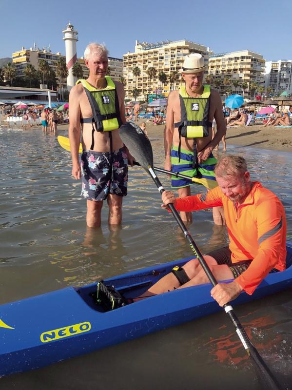 BÄSTA LÄGET  Genom att slå upp en dörr mot Playa del Faro ligger Surfjak Aquasport i direkt anslutning till stranden. Foto: Privat