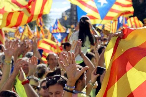 Hundratusentals separatister drog åter ut på gatorna i Barcelona på Kataloniens dag 11 september. Foto: Medol/Wikimedia Commons