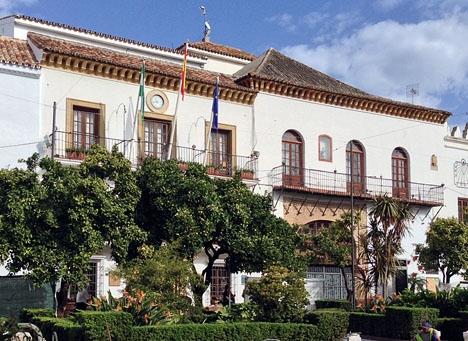 Olcina hade en högt uppsatt post i den förra kommunstyrelsen i Marbella.