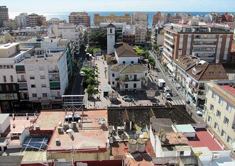 Fuengirolas borgmästare menar att kustkommunerna är särskilt drabbade av stigande hyrespriser, på grund av att allt fler ägare föredrar att hyra ut till turister.