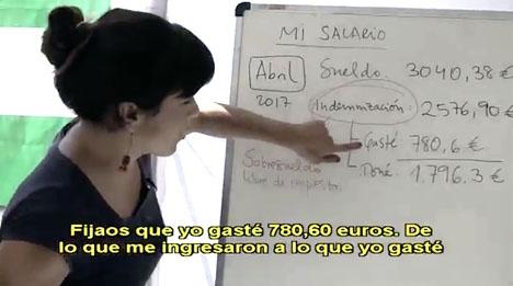 Ledaren för Podemos i Andalusien Teresa Rodríguez är lärare i grunden och visar att hon dominerar tavlan när hon avslöjar ledamöternas extralöner.
