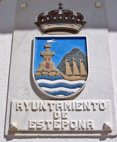 Det blir sjunde året i rad som Estepona kommun sänker fastighetsskatten.