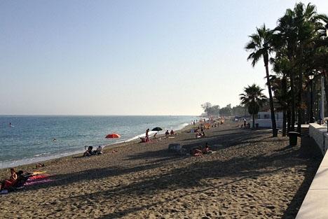 Arbetet på stränderna i västra Marbella väntas starta efter årsskiftet.