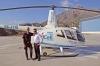 Roger Gudmundsäter (till vänster) flög i oktober ned sin Robinson R66 Turbine från Västerås till Marbella, där helikoptern är den första i Spanien av sitt slag.