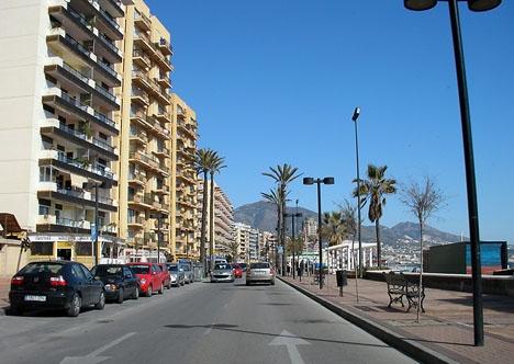 Mannen lurade sina offer att betala handpenning för semesterboende på Costa de Sol som inte existerade.