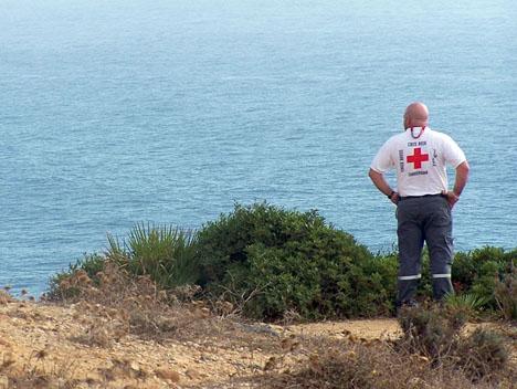 Spanska Röda korset tvingas närmast dagligen undsätta flyktingar vid den andalusiska kusten. Foto: Cruz Roja Barbate