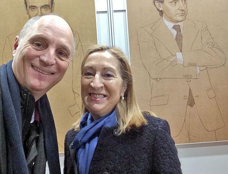 Bloggförfattarens selfie i helgen med talmannen i parlamentet Ana Pastor (PP).