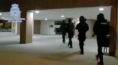 Polisens egen bild från tillslaget. Foto: Policía Nacional
