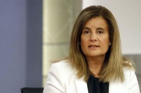 Arbetsmarknadsministern Fátima Báñez förband sig i september att höja minimilönen med fyra procent. Foto: La Moncloa – Gobierno de España