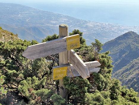 Vandringen från Refugio de Juanar till La Concha tar cirka tre timmar, men trots en del skyltar är det lätt att gå fel.
