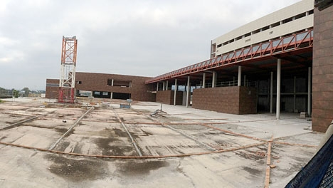 Utbyggnaden av sjukhuset Costa del Sol står still sedan 2007.