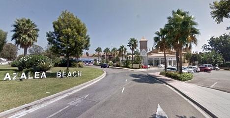 Azalea Beach ligger nära Hotel Cortijo Blanco, mellan Puerto Banús och San Pedro Alcántara. Foto: Google Maps