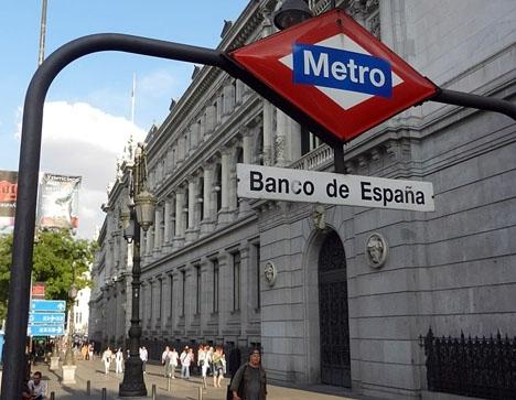 Spanska centralbanken fastställer att den spanska ekonomin förra året steg med 3,1 procent.