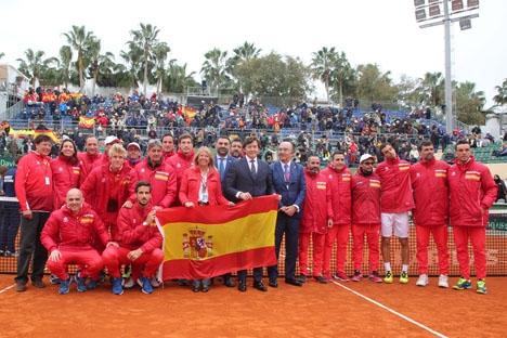Spanien höll för favoritskapet, som de hade trots att de spelade mot Storbritannien utan Rafa Nadal. Foto: Ayto de Marbella