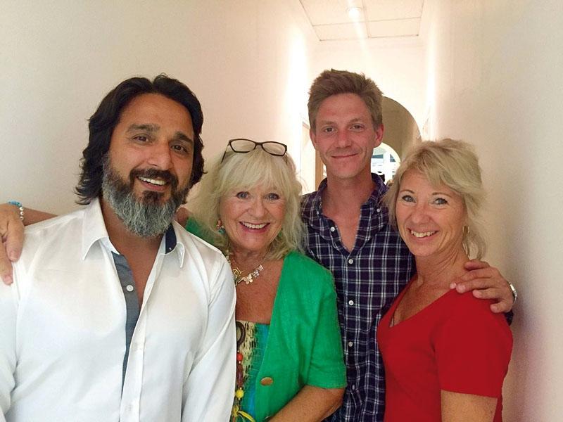 Babak Eshraghi, Christina Schollin, Philip Riise-Hanssen och Mia Lundgren driver sedan november gemensam studio, inriktad på skönhet, hälsa och allmänt välbefinnande. Foto: Privat