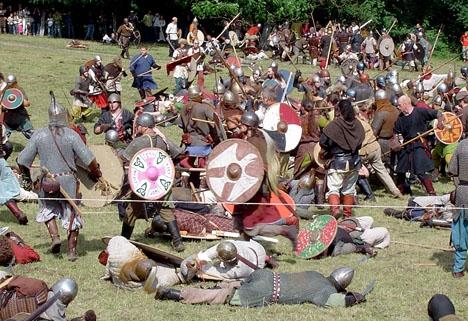 I sin bok uppger tidigare katalanska regeringsrådet Santi Vila att separatisterna orsakat större skada än om vikingarna dragit fram.