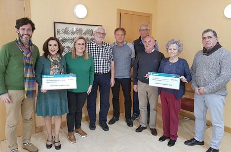 Borgmästaren i Fuengirola Ana Mula närvarade vid överlämnandet av bidragen till Fuensocial samt AFA. Foto: Ayto de Fuengirola