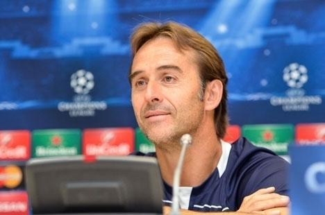 Spanska landslagstränaren Julen Lopetegui har all anledning att se nöjd ut. Foto: Football.ua