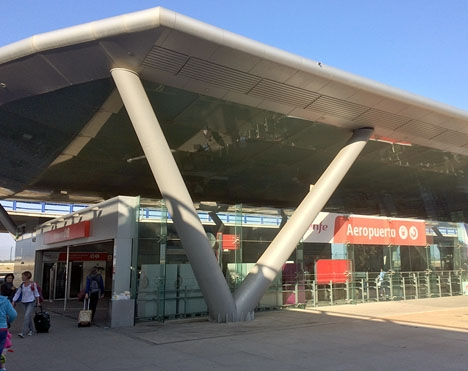 Tågstationen vid Málaga flygplats.
