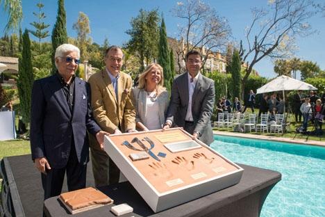 Dokali Megharief, grundare av Magna Hotels & Resorts, Henri Giscard d´Estaing, ordförande för Club Med, María Ángeles Muñoz, borgmästare i Marbella samt Jihad Megharief, ordförande för Magna Hotels & Resorts. Foto: MN Comunicación