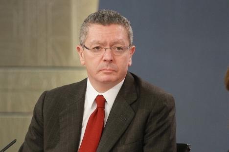 Alberto Ruiz Gallardón var regionalpresident när Madrids vattenbolag Canal de Isabel II gjorde skumma affärer i Colombia.