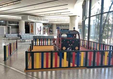 En av lekparkerna, vid terminal 3.