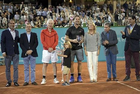 Förra året vann Carlos Moyá Senior Master Cup, på Puente Romano Tennis Club. Foto: Ayto de Marbella