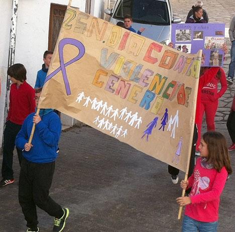 Demonstration mot kvinnovåld.