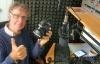 Tomas Edström sänder på traditionell FM-frekvens från Nerja. Man kan endast lyssna på