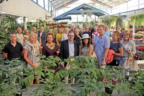 Handelskammaren valde bästa årstiden för att besöka en av kustens största handelsträdgårdar.