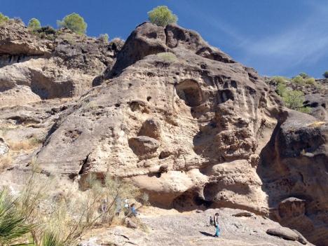 Nära El Chorro finns säregna klippstensformationer som kallas taffonis.