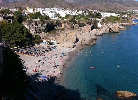 Playa Calahonda i Nerja.