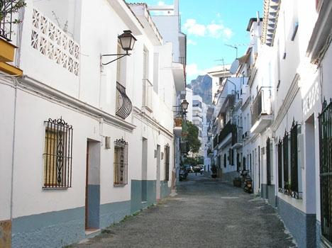 Ligan var specialiserad på att råna hus på markplanet i Marbella och Málaga.
