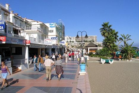 Strandpromenaden i La Carihuela.