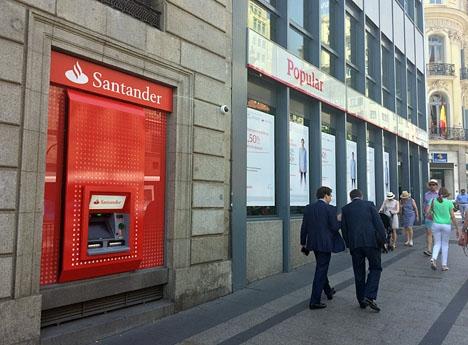 Banco Popular tas upp i Santander i sin helhet till juni 2019.