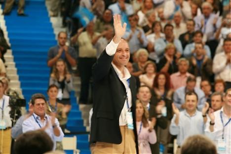 Trots att domstolen finner det styrkt att Partido Popular i Valencia systematiskt brukat mutor för att kandidera