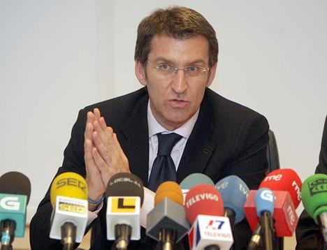 Den hetaste kandidaten att efterträda Mariano Rajoy som partiledare uppges vara den galiciske regionalpresidenten Alberto Núñez Feijóo. Foto: Certo Xornal/Wikimedia Commons