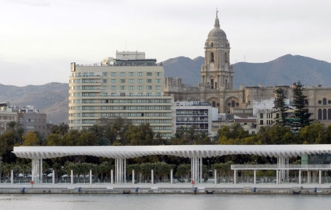 Terralvindar väntas pressa upp temperaturen i Málaga idag till 32 grader.