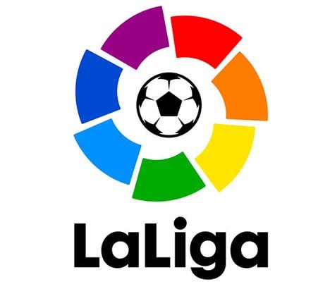 Upp till tio miljoner människor som laddat ned La Ligas app kan vara utsatta för lokalisering och avlyssning.