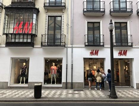H&M i Granada.