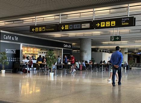 Ankomstvåningen vid Málaga flygplats.