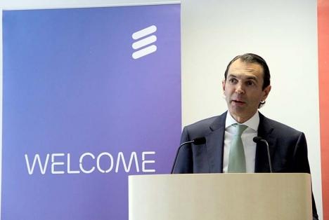 Ericssons direktör på Iberiska halvön José Antonio López rasar mot det planerade så kallade
