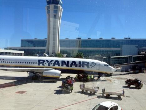 Två tredjedelar av de 600 flyg som Ryanair tvingas ställa in är på linjer till och från Spanien.